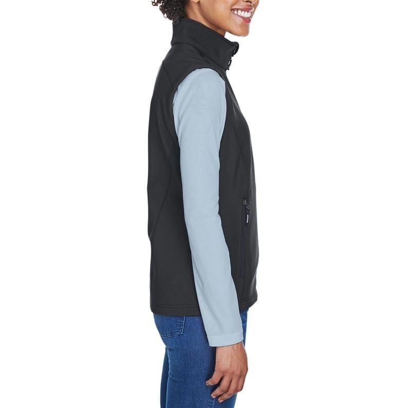 VAD-Wear®-Ladies-Bonded-Soft-Shell-Fleece-LVAD-Vest-3-1.jpg